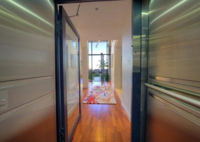 foyer lift